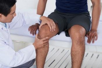 sprawdzanie kolana